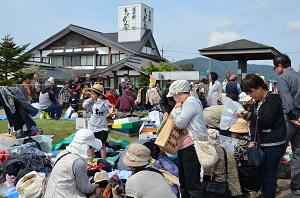 7月26日・・第17回フリーマーケットを開催! 写真