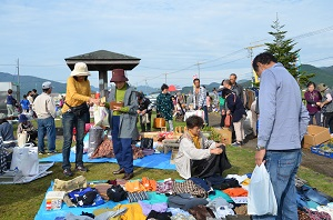 6月26日(日)第25回 フリーマーケット開催! 写真